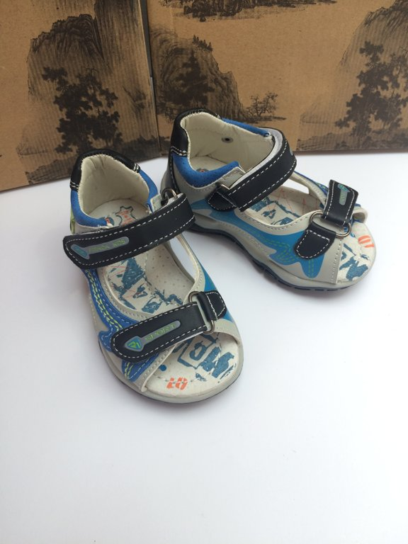 SUPER CENA! Sandales: izmērs: 20