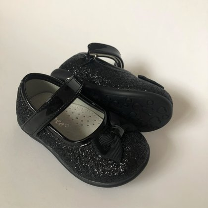 Clibee kurpes melnas: izmērs:  20, 22